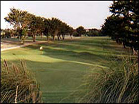 South Lakes Golf Club - Attractions Perth